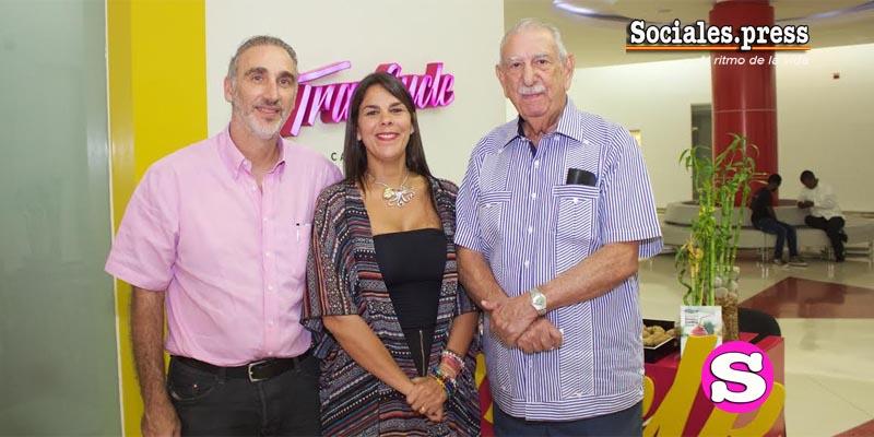 Miguel Dauhajre, Arlette Espaillat y Arnaldo Espaillat Cabral.